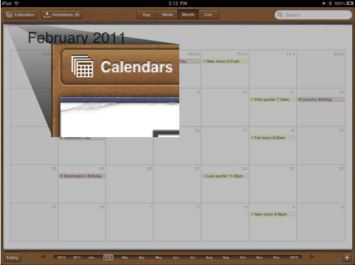 iPadin kalenteriohjelman repäisyjälki jäljittelee paperikalenteria ja antaa vihjeen, että kuusta toiseen liikuttaisiin pystysuunnassa. Pystysuunnan vieritys kuitenkin vierittää tätä paperia ja seuraavaan kuukauteen liikutaan vaakapyyhkäisyllä. Tätä seuraa pystysuuntainen animaatio.