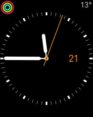 Apple on päättänyt, että jos haluan kellotauluun tuntierottimet, haluan myös värikkään aktiivisuusindikaattorin. Lisäksi haluan, että muiden komplikaatioiden väri on aina oranssi, vaikka viisarin väriksi olisi säädetty punainen.