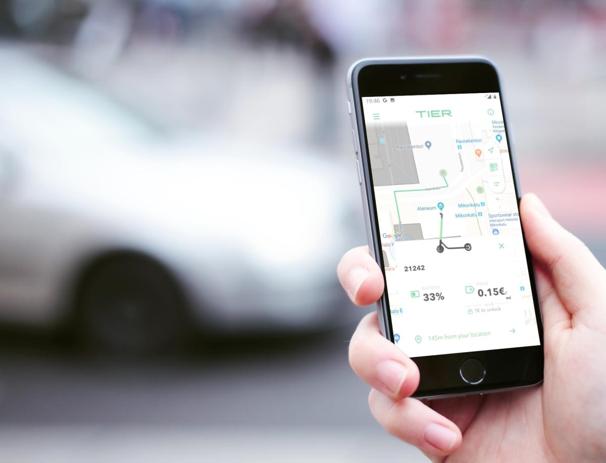 Testissä Helsingin potkulautapalvelut –sähkömoottorin hurmaa ja vapaata pysäköintiä